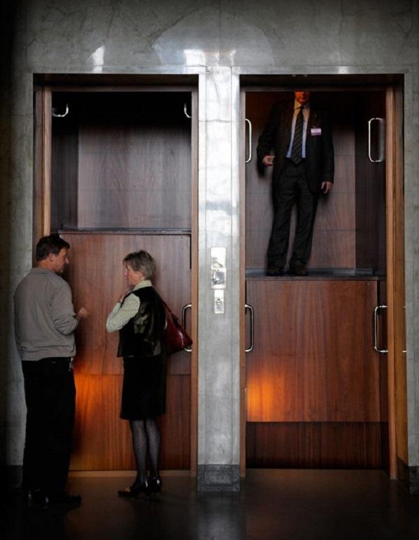 Bij de uitvinding van de elevator pitch dacht men niet aan de paternosterlift - betekenis elevatorpitch - Provite